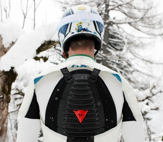 Back-Protector-with-bags